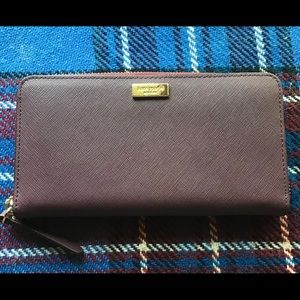 NWOT kate spade Saffiano Leather Zipper Wallet!